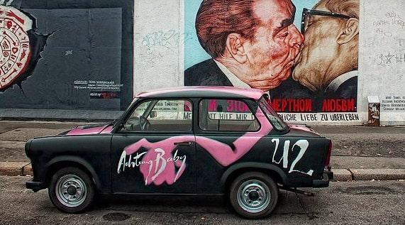 berlin-wall-50727__340 Kopie-min